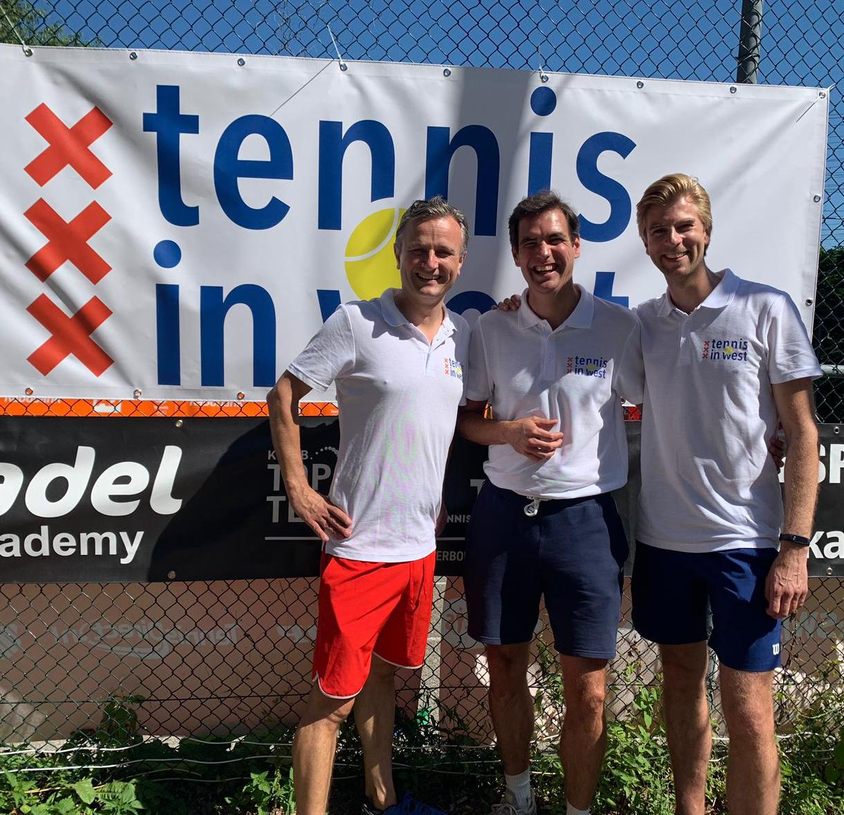 Pepijn, Martijn en Lucas; de initiatiefnemers van Tennis in West